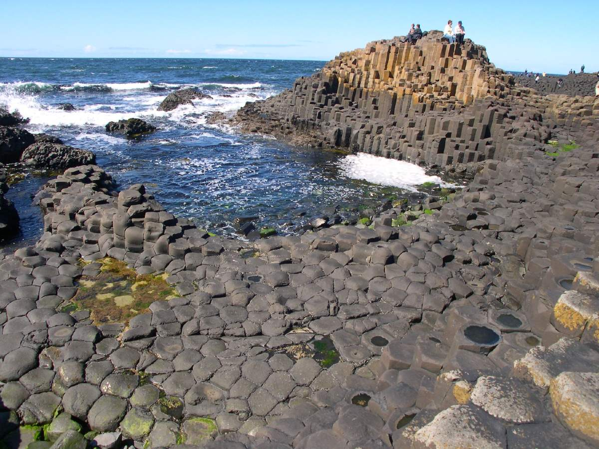 10 Lesser Known Natural Wonders: Giant's Causeway