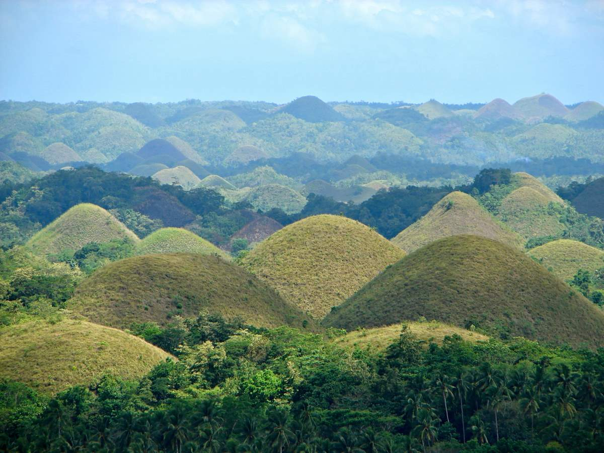 10 Lesser Known Natural Wonders: Chocolate Hills