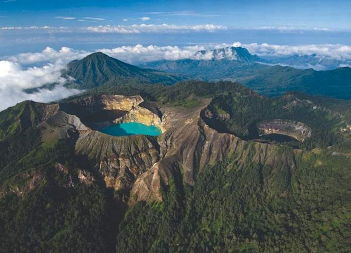 Lesser Known Natural Wonders: Mount Kelimutu Lakes, Indonesia