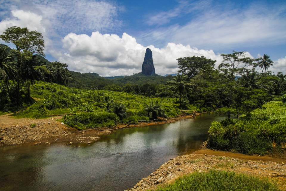 Lesser Known Natural Wonders: Pico Cão Grande monolith
