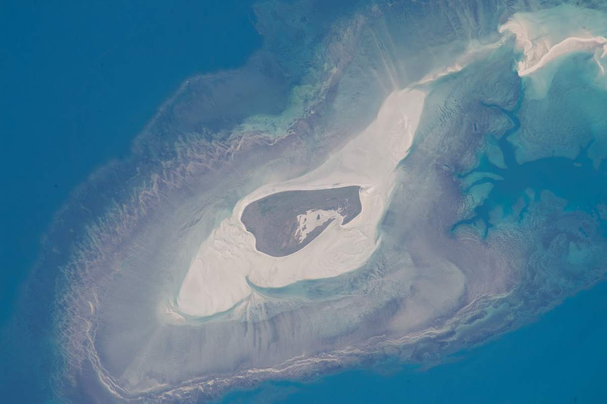 Most Beautiful Earth Images Taken From the International Space Station in 2015: Adele Island, Northwest Australia from the International Space Station