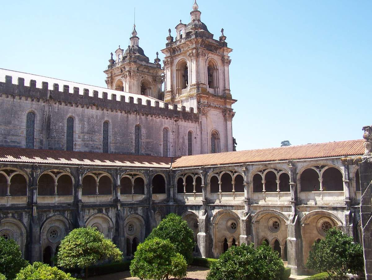 Countries having most number of UNESCO World Heritage Sites: Alcobaca Monastery, Portugal