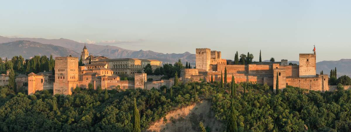 Countries having most number of UNESCO World Heritage Sites: Alhambra, Spain