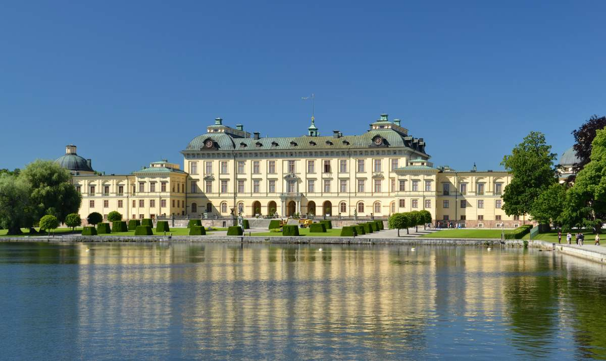 Countries having most number of UNESCO World Heritage Sites: Drottningholm Palace, Sweden