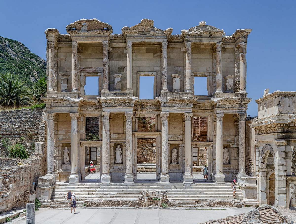 Countries having most number of UNESCO World Heritage Sites: Ephesus Library, Turkey