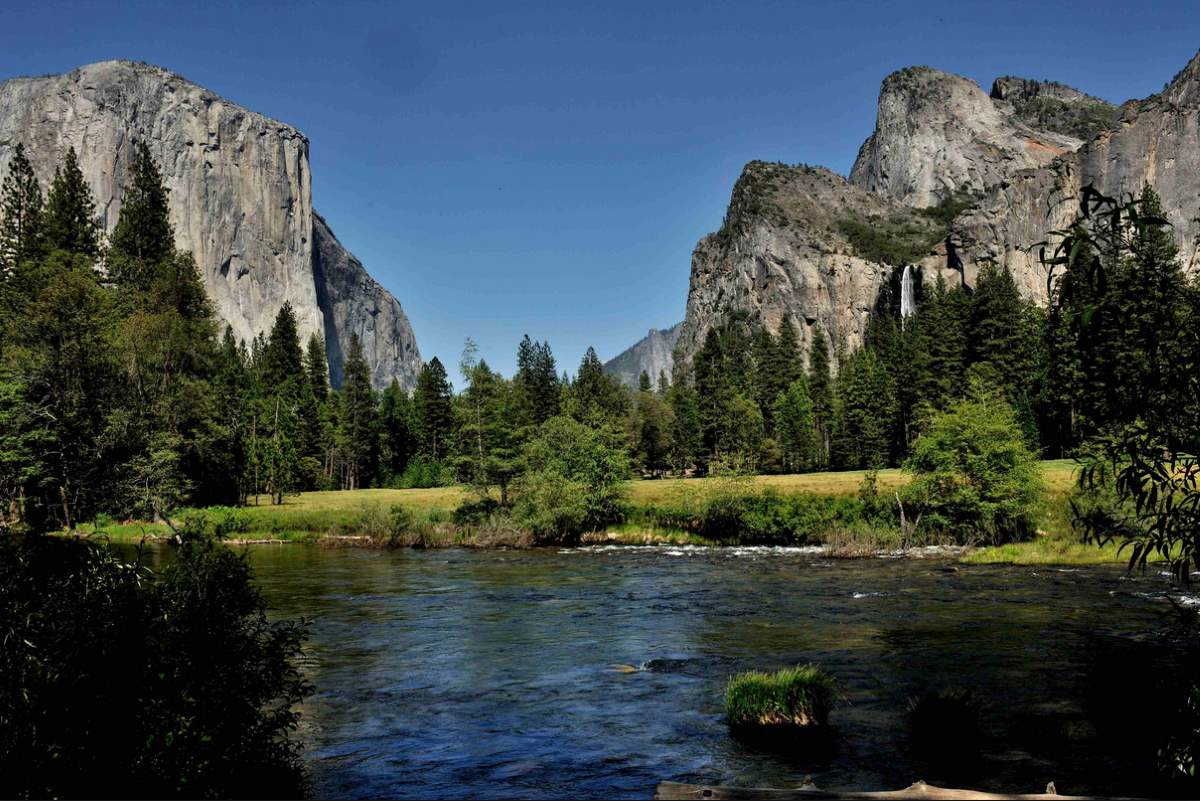 Countries having most number of UNESCO World Heritage Sites: U-shaped valley, Yosemite National Park