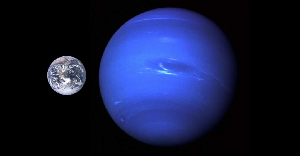 Neptune-Earth Size Comparison