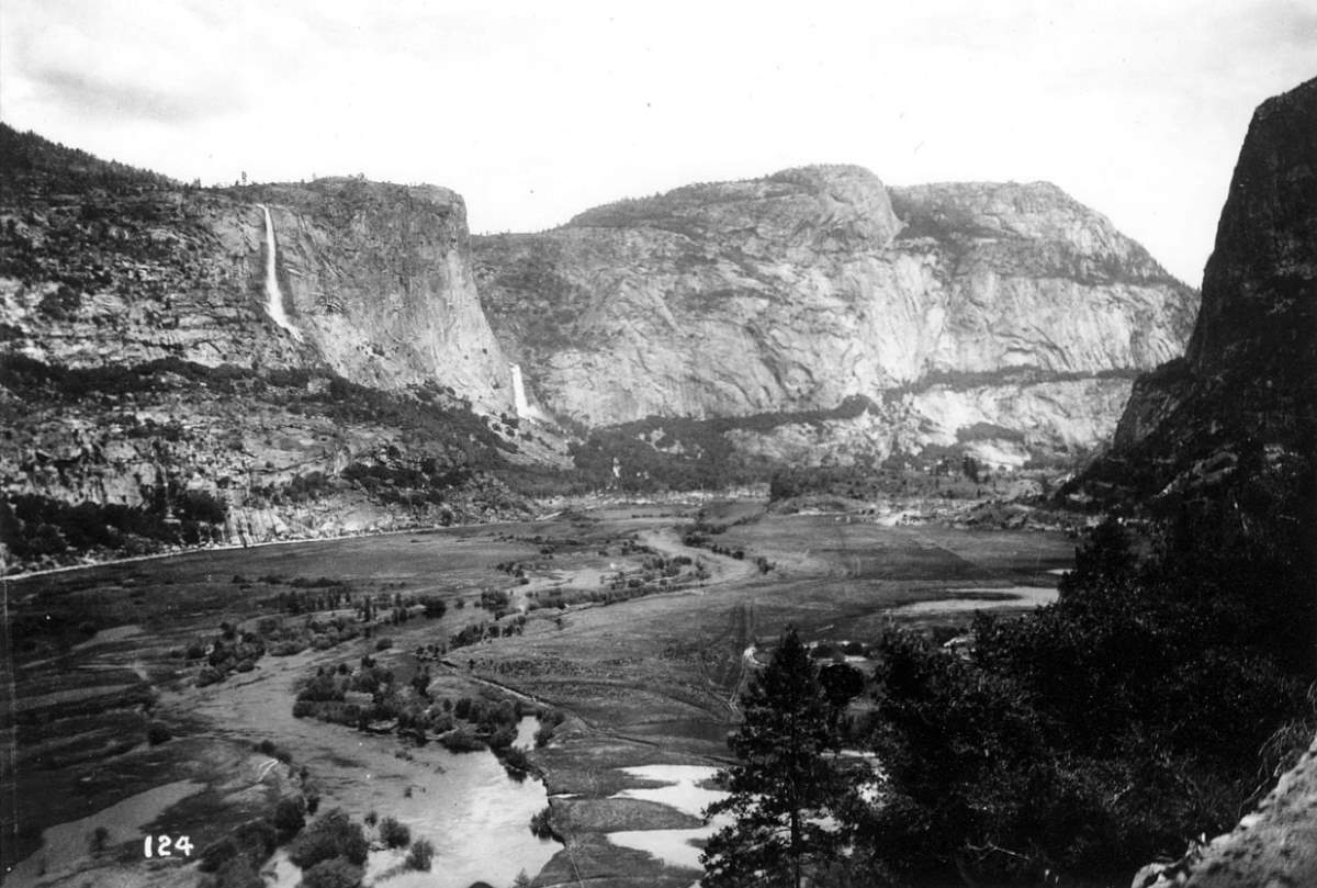 Hetch Hetchy Valley, early 1900s