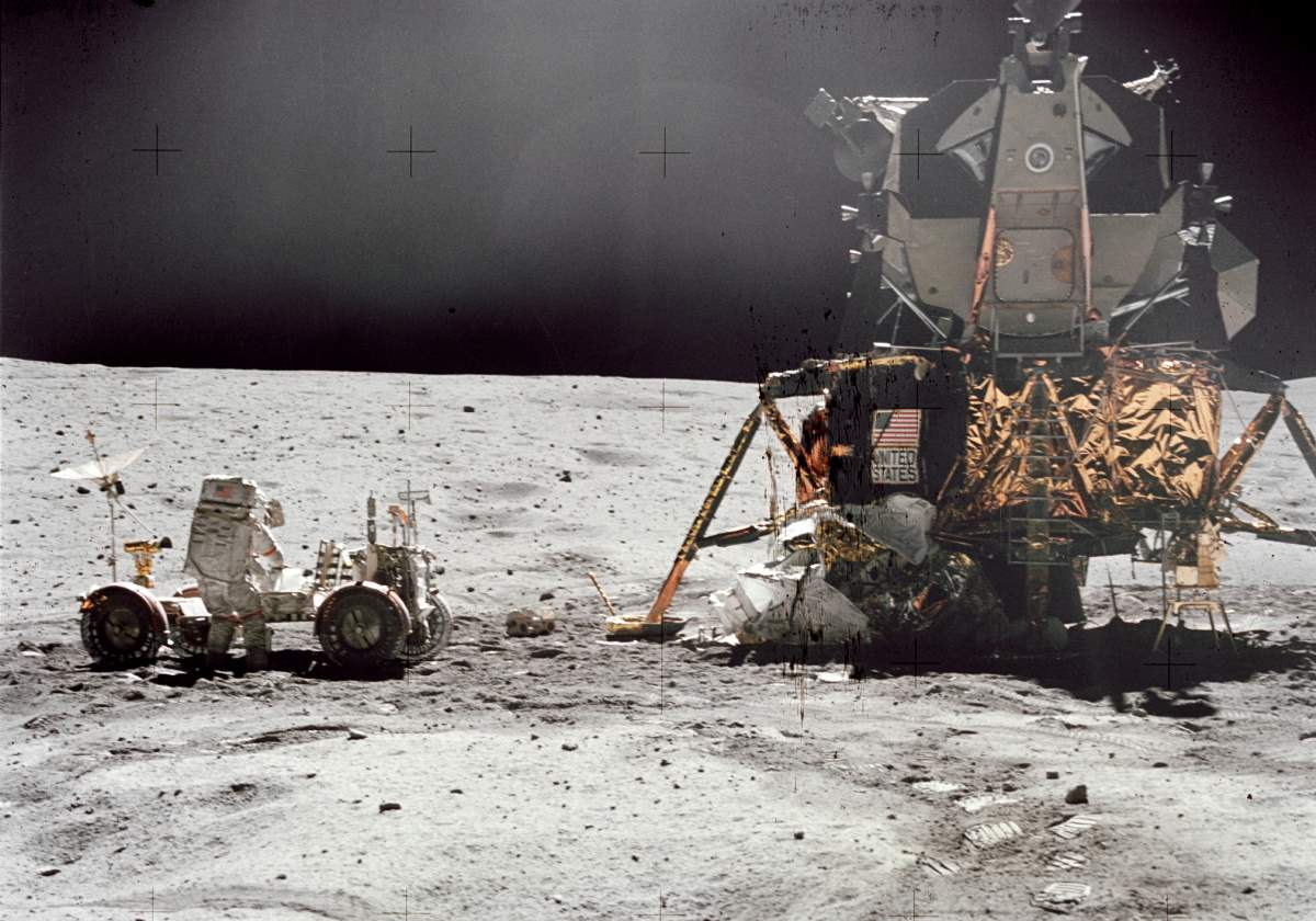 [Image: John-W-Young-commander-of-Apollo-16-luna...ehicle.jpg]