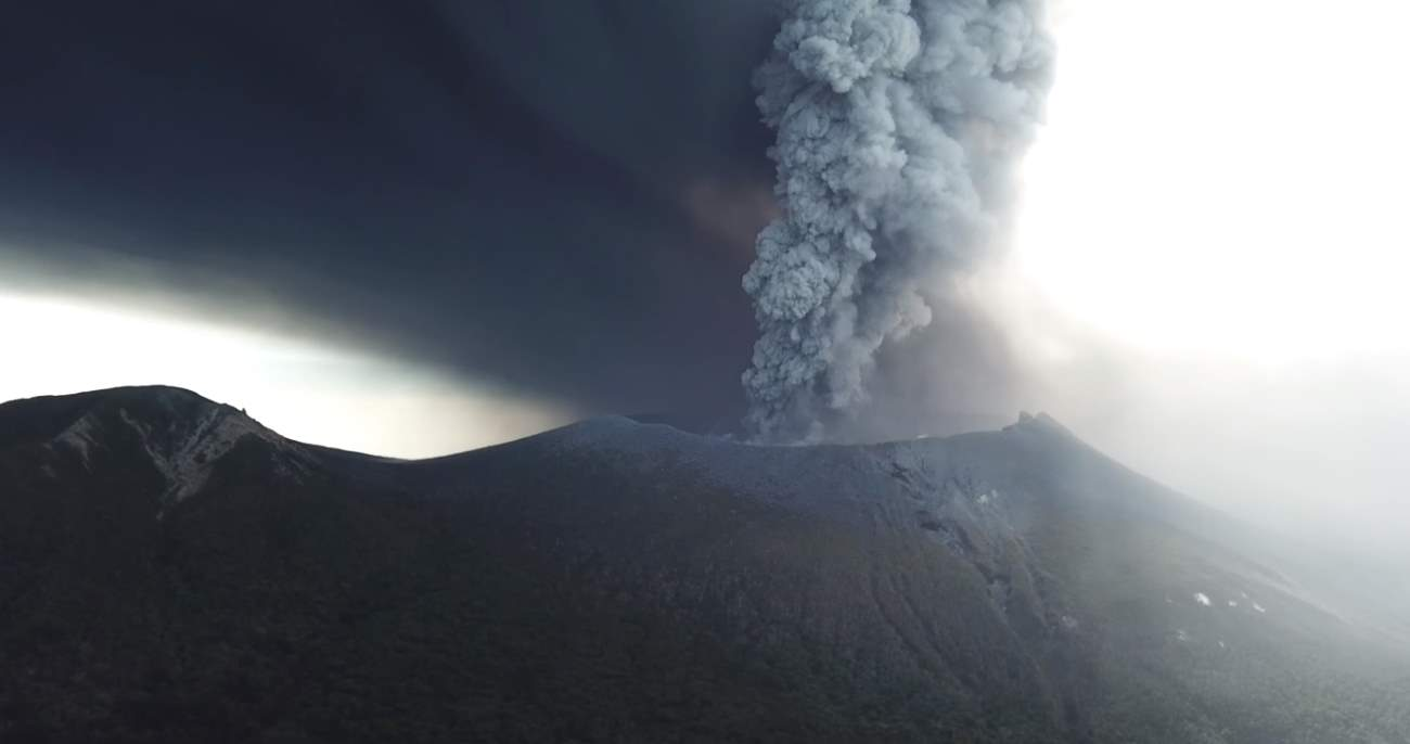Shinmoedake volcano 2017 eruption