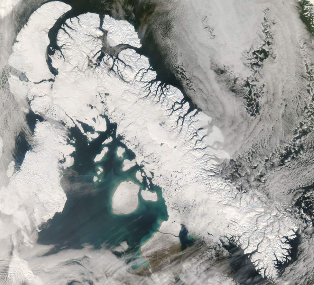 Largest Islands on Earth: Baffin Island from space