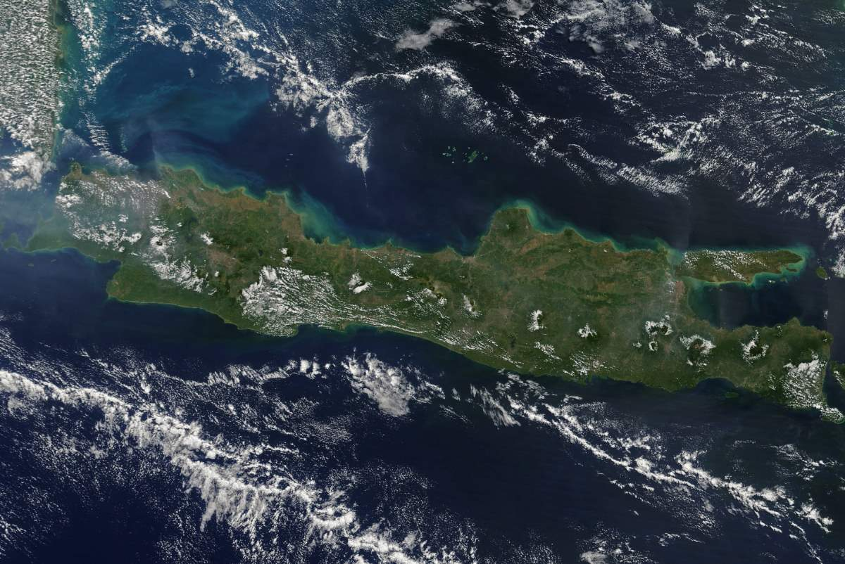 Largest Islands on Earth: Java from space