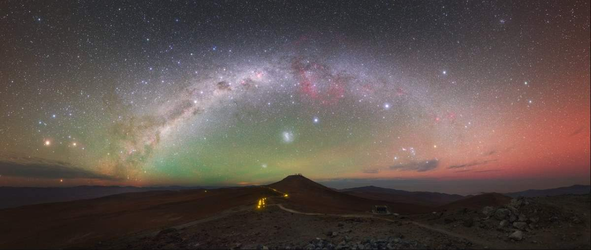 Airglow over Paranal Observatory, Chile