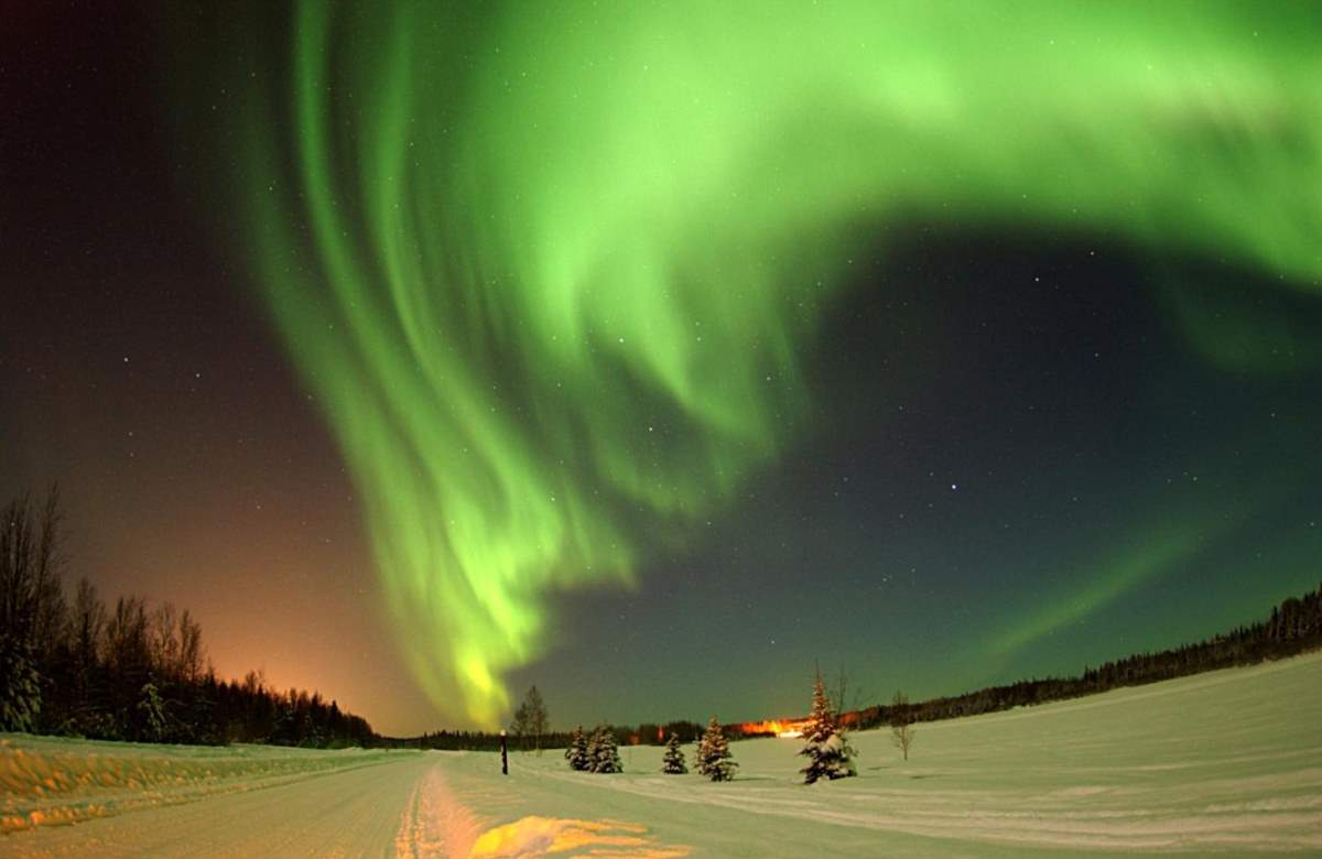 Facts about Space: Aurora