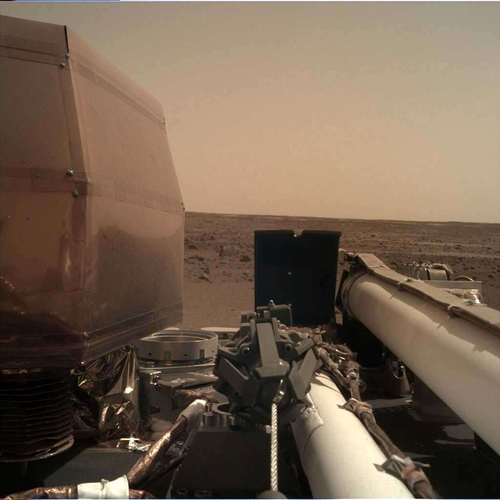 InSight Mission Raw Images are available on the web: image acquired on November 27, 2018, Sol 1