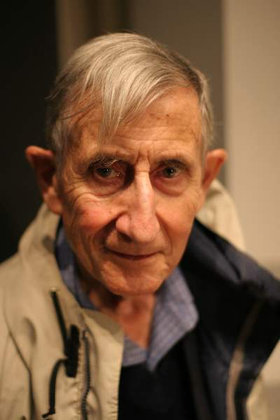 Freeman Dyson - Dyson Sphere first conceptualized by him.