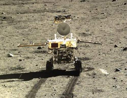 Driving Distances on Mars and the Moon: Yutu Moon rover