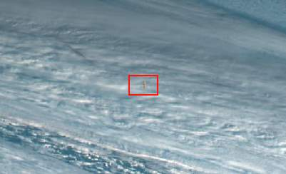 Meteor that blasted over the Bering Sea (cropped)