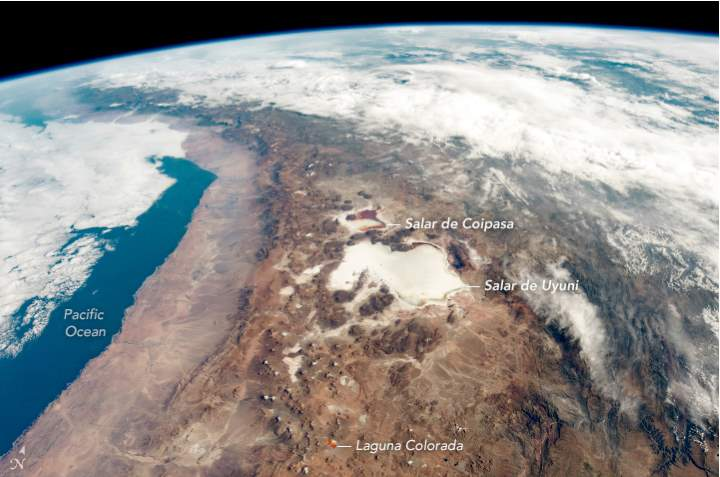 Salar de Uyuni from the ISS (annotated version)
