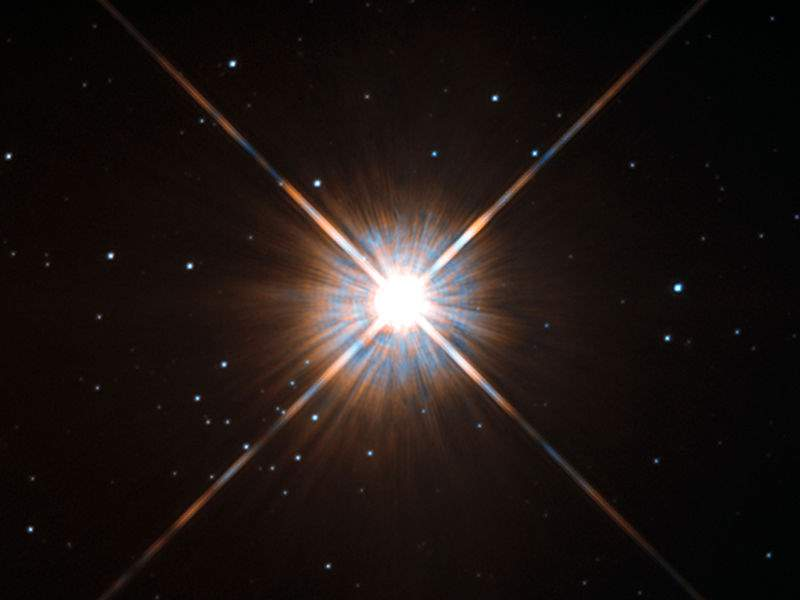 Nearest stars - Proxima Centauri as seen by the Hubble Space Telescope