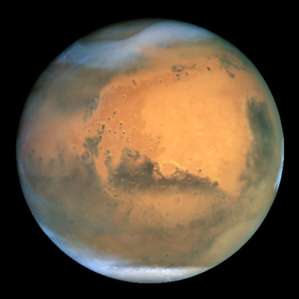 Mars photo by the Hubble Space Telescope (June 26, 2001)