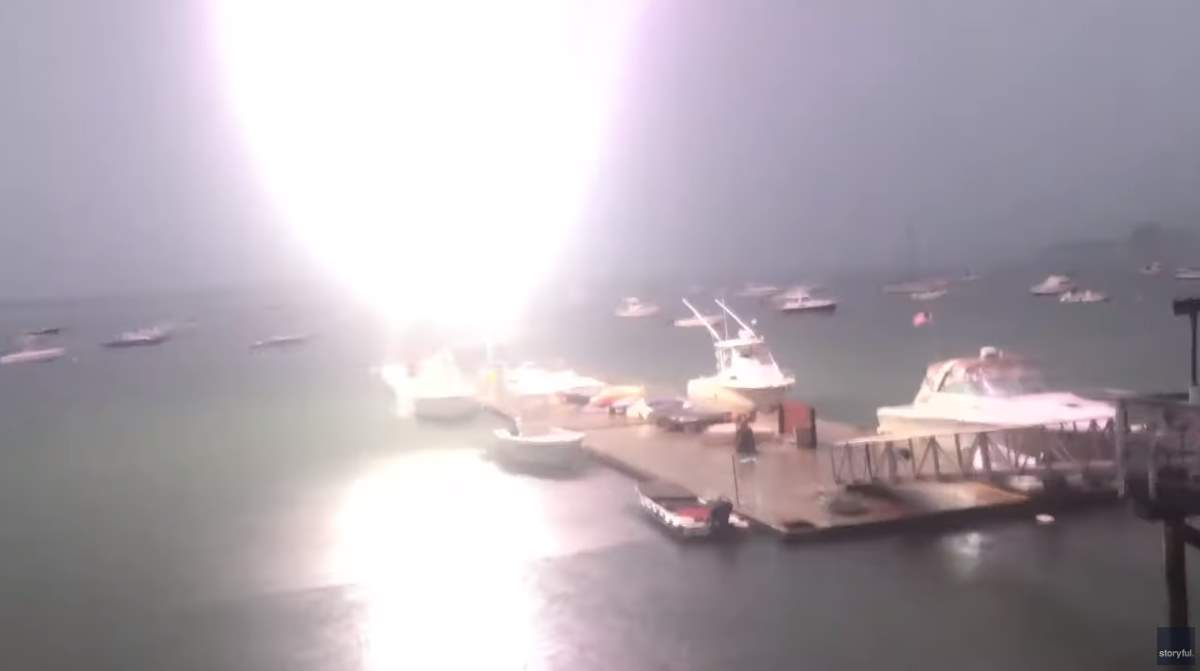 Lightning strikes a sailboat in Boston (July 6, 2019)