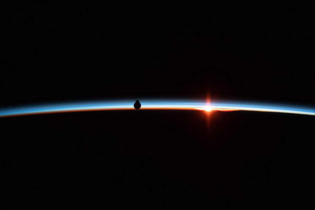 Most beautiful Earth photos from ISS - SpaceX Crew Dragon (March 4, 2019)