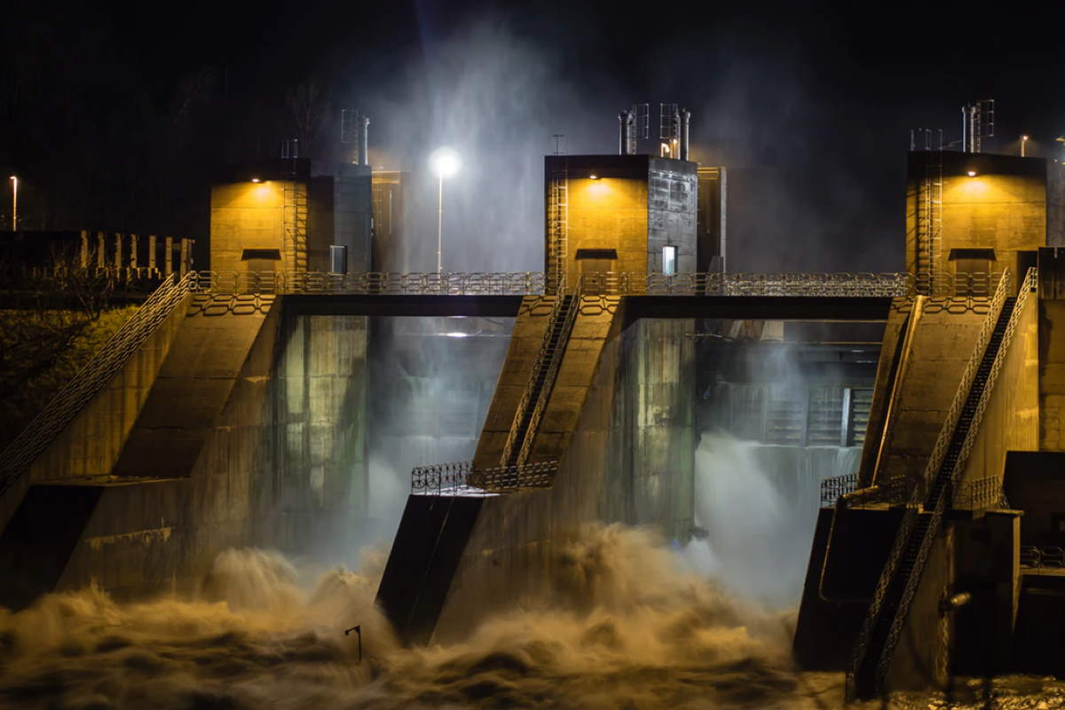 Stormy night at the dam