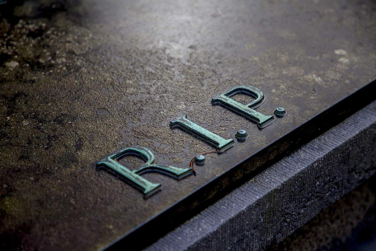Eco-Friendly Burial Methods