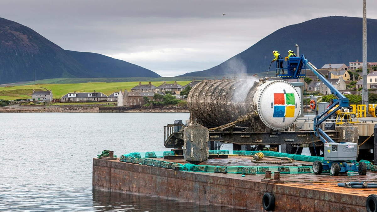 Microsoft put servers underwater